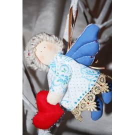 Ангелочек сердечко - в подарочной коробке