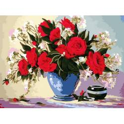 Букет роз в голубой вазе