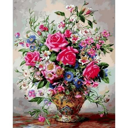 Букет роз и полевых цветов