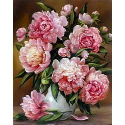 Розовые пышные пионы