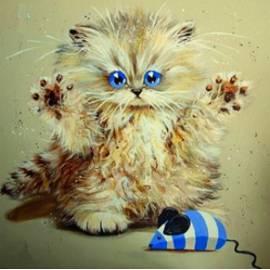 Озорной котенок