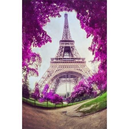 Ейфелева башня весною