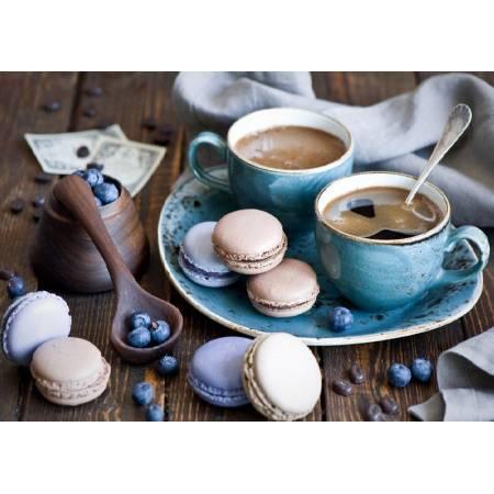 Утренний кофе и макаруны