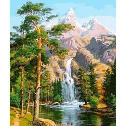 Величественные горы и водопад