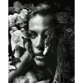 Женщина с лебедями