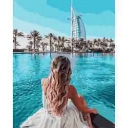 Бассейн в Дубае