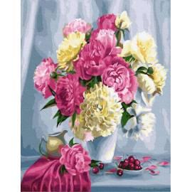 Розовые пионы и вишни