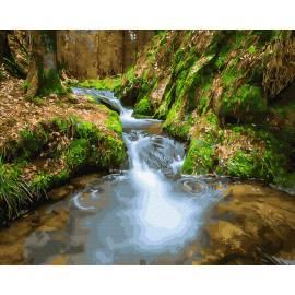 Водопад среди гор