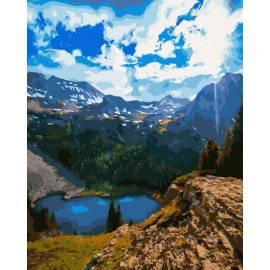 красивое горное озеро
