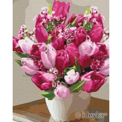 Красивые яркие тюльпаны