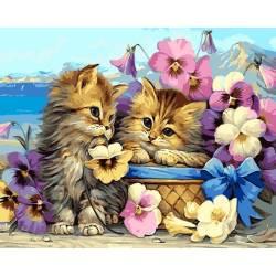 Котята и цветы