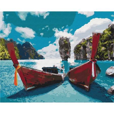 Лодки в лагуне