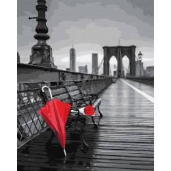 Красный зонт на мосту