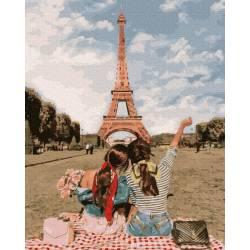 Подруги в Париже