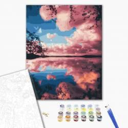 Розовые облака над озером