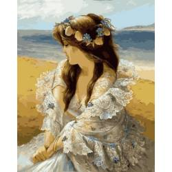 Девушка в венке из ракушек