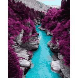 Гора в багровых красках
